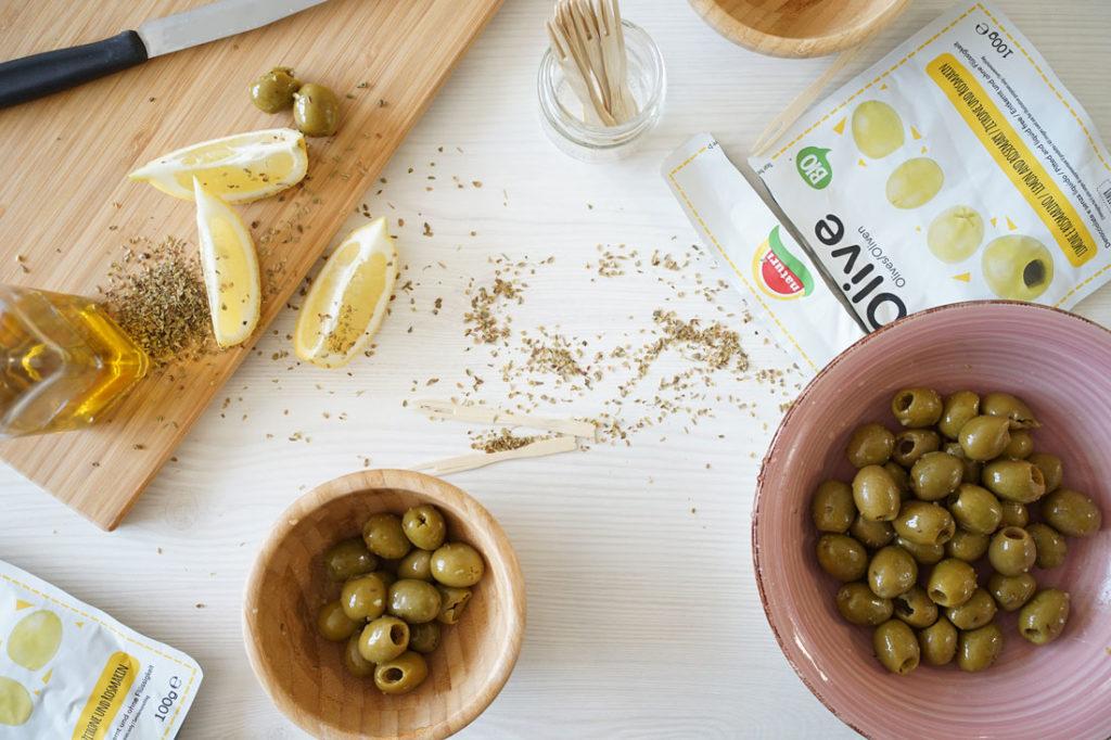 olive rosmarino e limone natuì pronte da mangiare